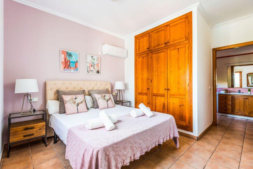 Juanita - Menorca-1020.jpg