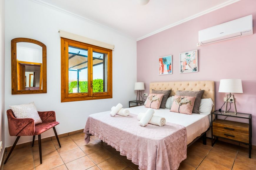 Juanita - Menorca-1019.jpg
